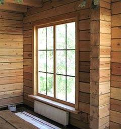 окно из дерева для дачи