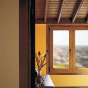 установка деревянных окон в квартире