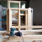 изготовление деревянных окон для дачи